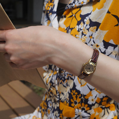 ウォルサム 手巻き腕時計 レディースアンティークウオッチ アラビア数字インデックス