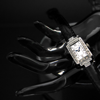 グリュエン レディースアンティークウオッチ レクタンギュラープラチナケース ダイヤ装飾 分解掃除済み