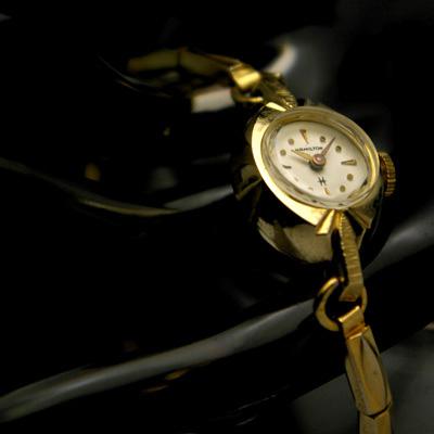 ハミルトン ホワイトダイアル 10KGFケース アンティーク手巻きレディースウオッチ 分解掃除済み