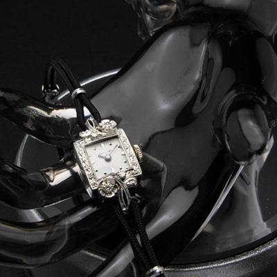 ハミルトン ダイヤ取り巻き10KWGケース フラワーデコレーション レディースアンティークウオッチ