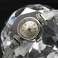 ブッフェラー 18Kケース ダイヤ装飾 3倍数アラビア数字 プリズム風防 レディースアンティークウオッチ