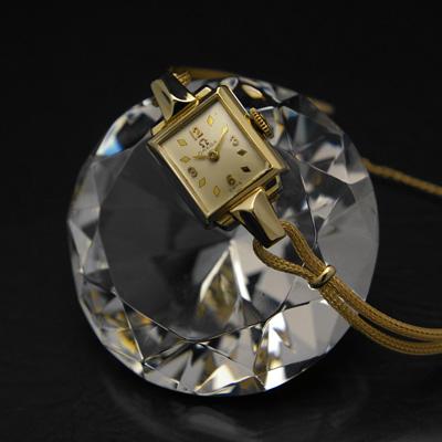 オメガ スクエアフェイス ダイヤ形インデックス 14Kゴールドケース 手巻 レディースアンティークウオッチ 分解掃除済み